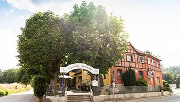 Das Gasthaus Lindenhof in Neustadt bei Coburg von außen