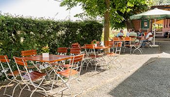 Der Biergarten im Gasthaus Lindenhof in Neustadt bei Coburg